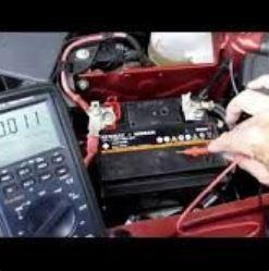 Eletricista Automotivo em Oficina Image